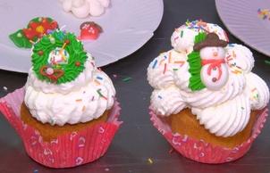 """""""Новый год со вкусом"""": праздничные капкейки и маффины"""